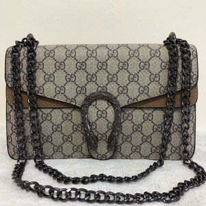 Handbags - Gucci 11 x 7 x 3.5